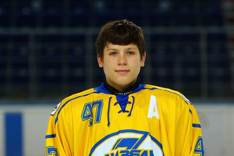 Шкураев Антон 1999 защитник