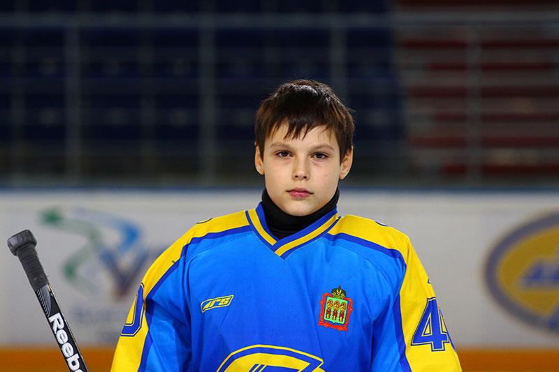 Сергей-Чигров-2001-г.р.-вратарь